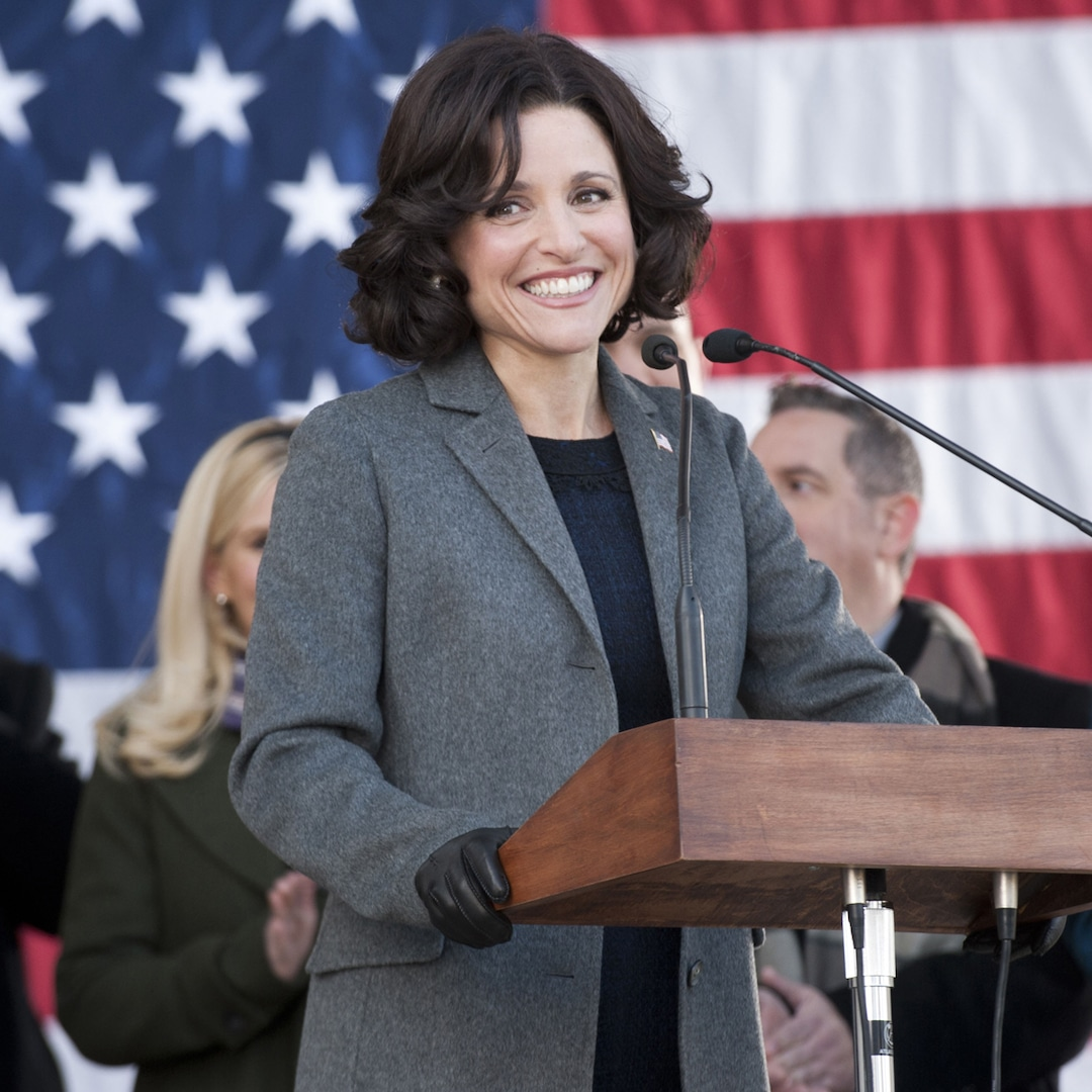 Julia Louis-Dreyfus Has the Best Response After a Fly Lands on Mike Pence's Head Mid-Debate – E! NEWS